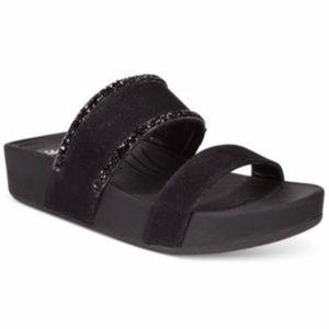 Size 10 Black Baretraps Giana Sandal